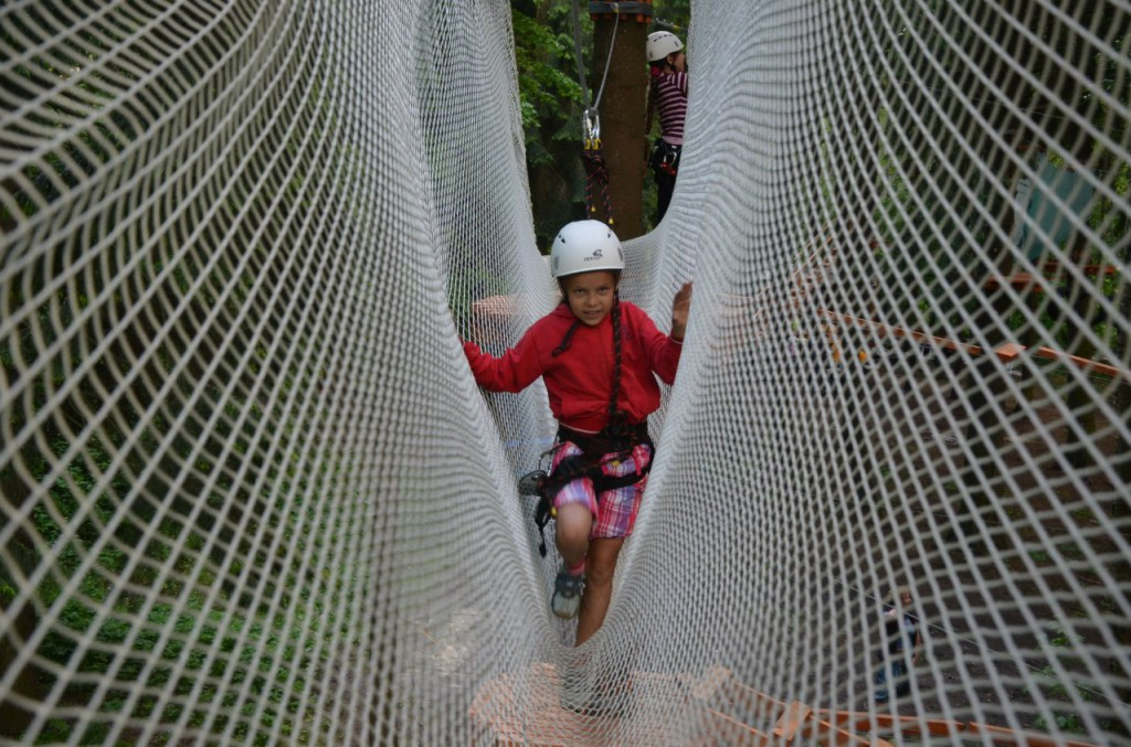Приобрети силу, смелость и ловкость в веревочном парке Тритутри